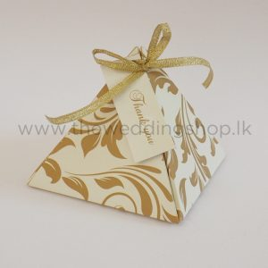 Pyramid favour box gold