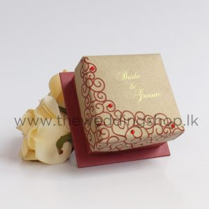 dark-red-gold-wedding-cake-box