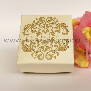 laser-cut-cake-box